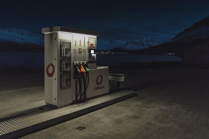 Pic pétrolier : la hausse du prix du carburant est inévitable et il faut s'y préparer