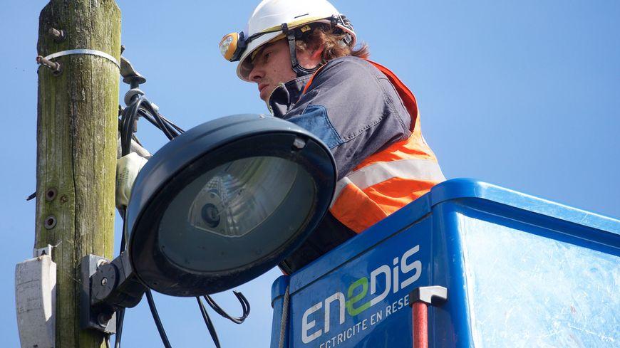 Canicule : près de 1500 foyers privés d'électricité dans les Bouches-du-Rhône
