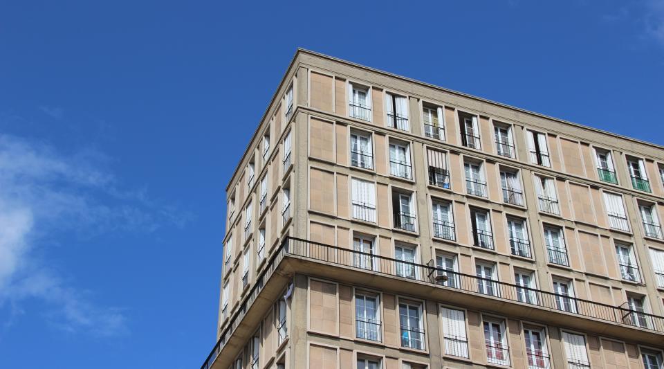 Loi de transition énergétique : objectifs et impacts sur le bâtiment